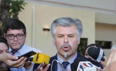 Giuzzio niega blanqueo y ratifica que no hubo daño patrimonial en licitaciones amañadas de Salud
