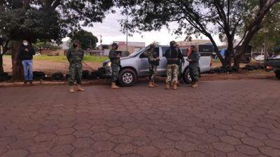 Vendedores de cubiertas, ofuscados por control militar en Pedro Juan Caballero