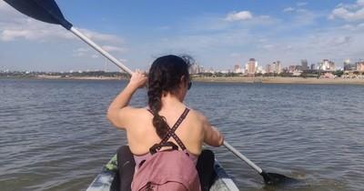 """""""Me voy porque se cumplió mi tiempo"""", dice médica paraguaya que vino al país a combatir el COVID-19"""