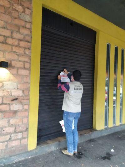 En Ponta Porã cierran conocido bar por no respetar toque de queda