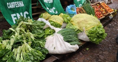 Campesinos donan 20 mil kilos de alimentos para comedores comunitarios