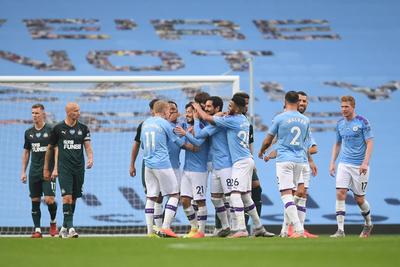 El City aplasta a un Newcastle que no contó con Almirón