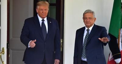 """Trump recibe en la Casa Blanca a su """"amigo"""" López Obrador en medio de críticas"""
