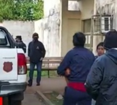 Mujer muere apuñalada, presuntamente, a manos de su pareja