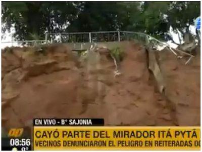 Se desmoronó parte del mirador de Ita Pytã Punta
