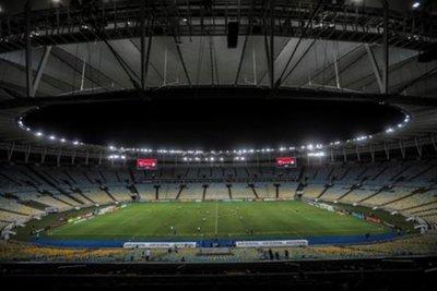 Río de Janeiro da marcha atrás y aplaza asistencia de público a estadios