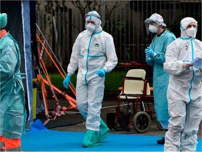 EEUU suma otros 1.011 fallecidos y récord de 61.790 contagios por Covid-19