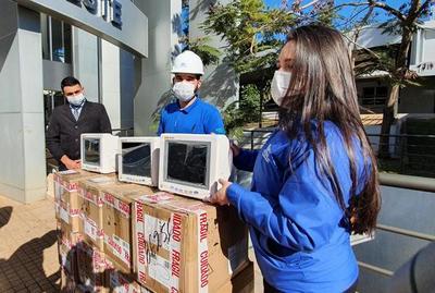 Gobernación dona 13 monitores al Hospital Integrado de CDE