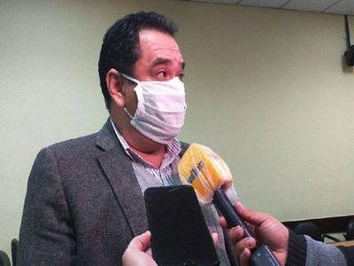 Ex ministro condenado a cárcel afirma que no robó y que apelará condena