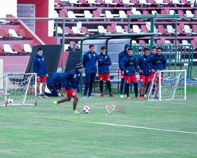 El jugador que vino para reforzar a San Lorenzo, dio positivo al coronavirus