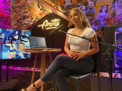 Anitta consolida su activismo político mientras su música conquista 4 idiomas