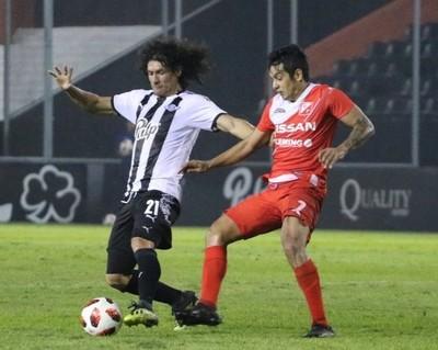 Libertad y River Plate empatan en Tuyucuá