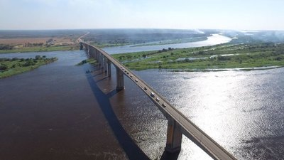 Hallan evidencias de posible suicidio en el puente Nanawa