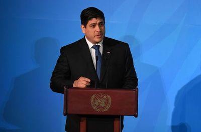 Costa Rica anuncia drástico recorte a gasto público ante crisis por pandemia