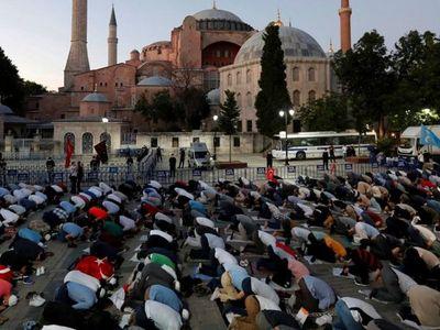 Islamización de la basílica Santa Sofía aflige al Papa