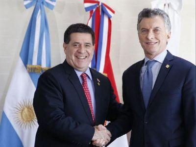 Migrantes en Argentina repudian presencia de Mauricio Macri en el país