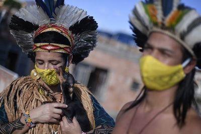 Brasil roza las 73.000 muertes por coronavirus