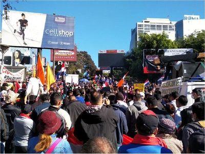 """Multitudinaria protesta contra la corrupción en CDE: """"La gente se siente abandonada"""", afirman"""