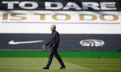 Klopp y Mourinho critican la decisión del TAS de 'salvar' al Manchester City