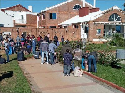 Connacionales inician cuarentena en universidad de Coronel Oviedo