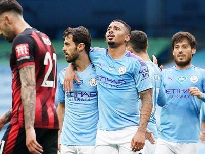 Silva allana el camino de un City que ya calienta para el Madrid