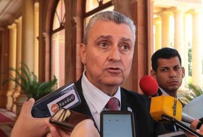 """Villamayor defiende gestión de Mazzoleni y Benigno: """"Tendremos los mejores desempeños y queremos cambiar de ministro"""""""