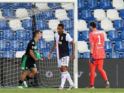 Juventus roza el título pese a nuevo tropiezo