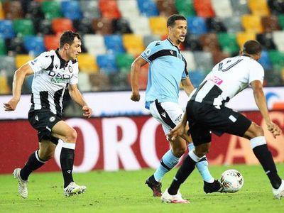 Lazio tropieza y deja en bandeja el título a la Juve