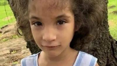 Madre y padrastro de Juliette se exponen desde 3 hasta 10 años de cárcel