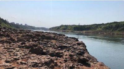 Infernal tiroteo a orillas del Paraná entre marinos y delincuentes con un militar baleado en la cabeza