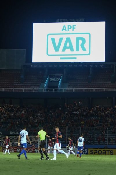Fueron designados los jueces y árbitros VAR para la reanudación del Apertura