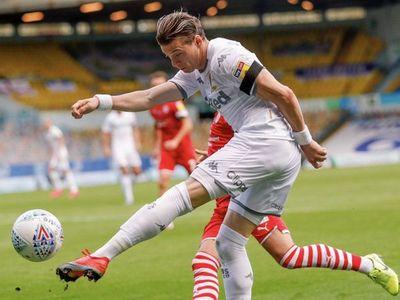 Bielsa acaricia el ascenso a la Premier League con el Leeds United