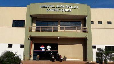 Funcionarios del Hospital Juan Pablo II piden ser contratados por el Ministerio de Salud