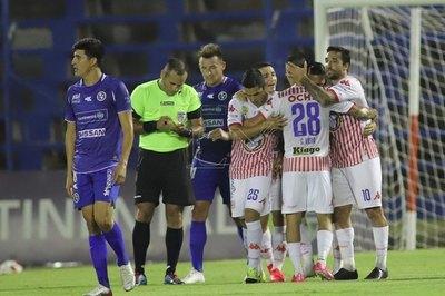 APF suspende tres partidos de la novena fecha por casos positivos de Covid