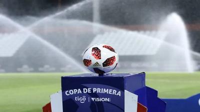 Suspenden partidos por casos de coronavirus en tres equipos de Primera División