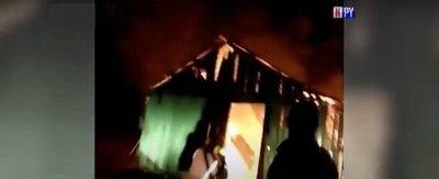 Familia lo pierde todo tras incendiarse su casa