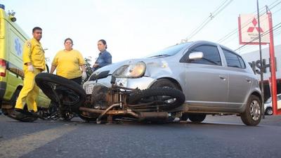 Hay más muertes por accidentes viales que por COVID-19, sostiene director del Trauma