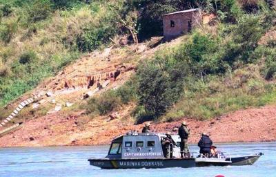 Realidad al DESNUDO: ribera del río Paraná en CDE es zona liberada para el tráfico y el contrabando