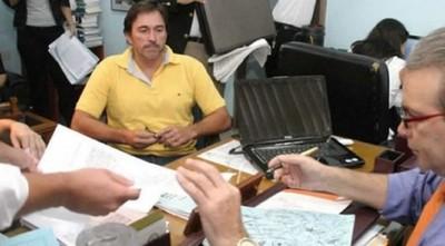 Condenan a cura Robadín a 5 años de prisión por apropiación