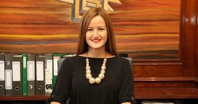 Mujer destacada: la joven exministra que marcó un antes y un después en la cartera de Gobierno