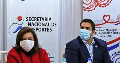 Ministra de Deportes respalda postergación de reinicio del fútbol