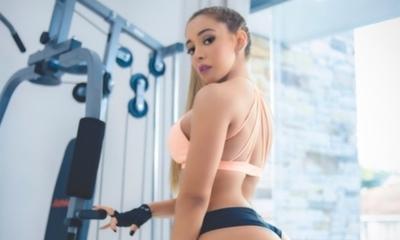 Verónica Almirón pone a entrenar a sus seguidores