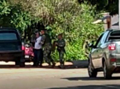 Militares habrían golpeado a un comunicador de Bella Vista Norte