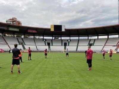 Una guerra abierta entre directivos ahonda la crisis del fútbol colombiano