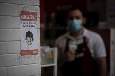 Brasil supera 78.000 muertos por Covid-19 y se acerca a 2,1 millones de casos