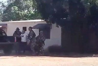 Bella Vista Norte: Perodista denuncia tortura y agresión de militares