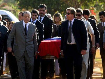 Exhumarán restos del dictador Stroessner