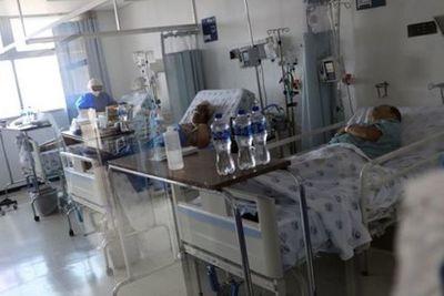 """Una nueva droga contra el coronavirus mostró resultados """"significativos"""": no hubo muertes entre quienes la probaron en el primer ensayo"""