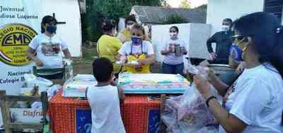 Docentes del CNL festejan el Día del Divino Niño Jesús con una gran chocolatada • Luque Noticias