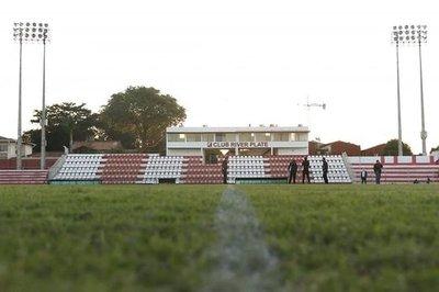 Regresa el fútbol: Un partido postergado